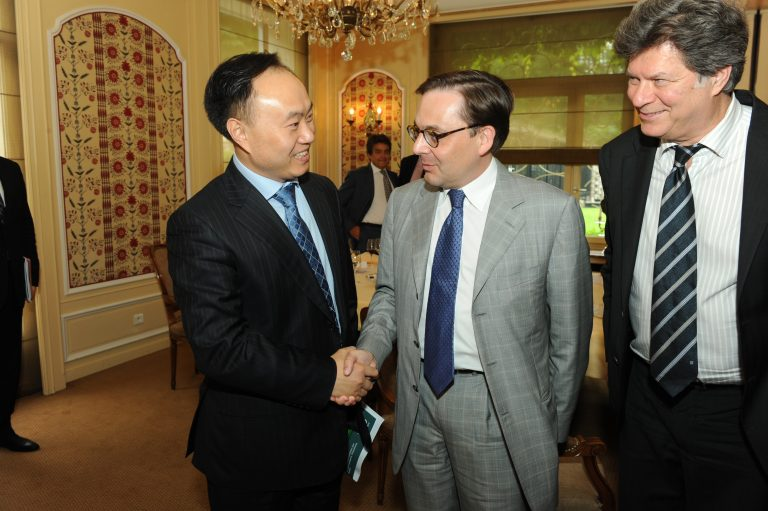 Fabien Baussart with Shi Zhengrong, founder and chairman of Suntech Power.