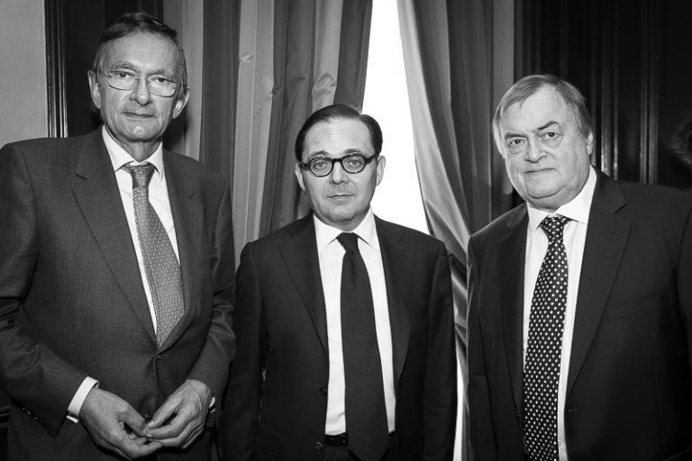 Fabien Baussart between John Prescott, former U.K. Deputy PM and Jeroen van der Veer, former CEO of the Petroleum Corporation Royal Dutch Shell.