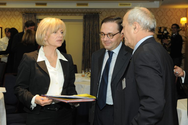 Fabien Baussart with Elisabeth Guigo, former French Minister of Social Affairs and Alain Juillet, former intelligence chief at the French DGSE.